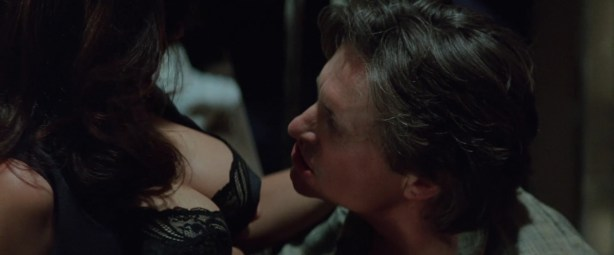 Demi Moore sex oral and sexy in lingerie- Disclosure (1994) hd1080p (2)