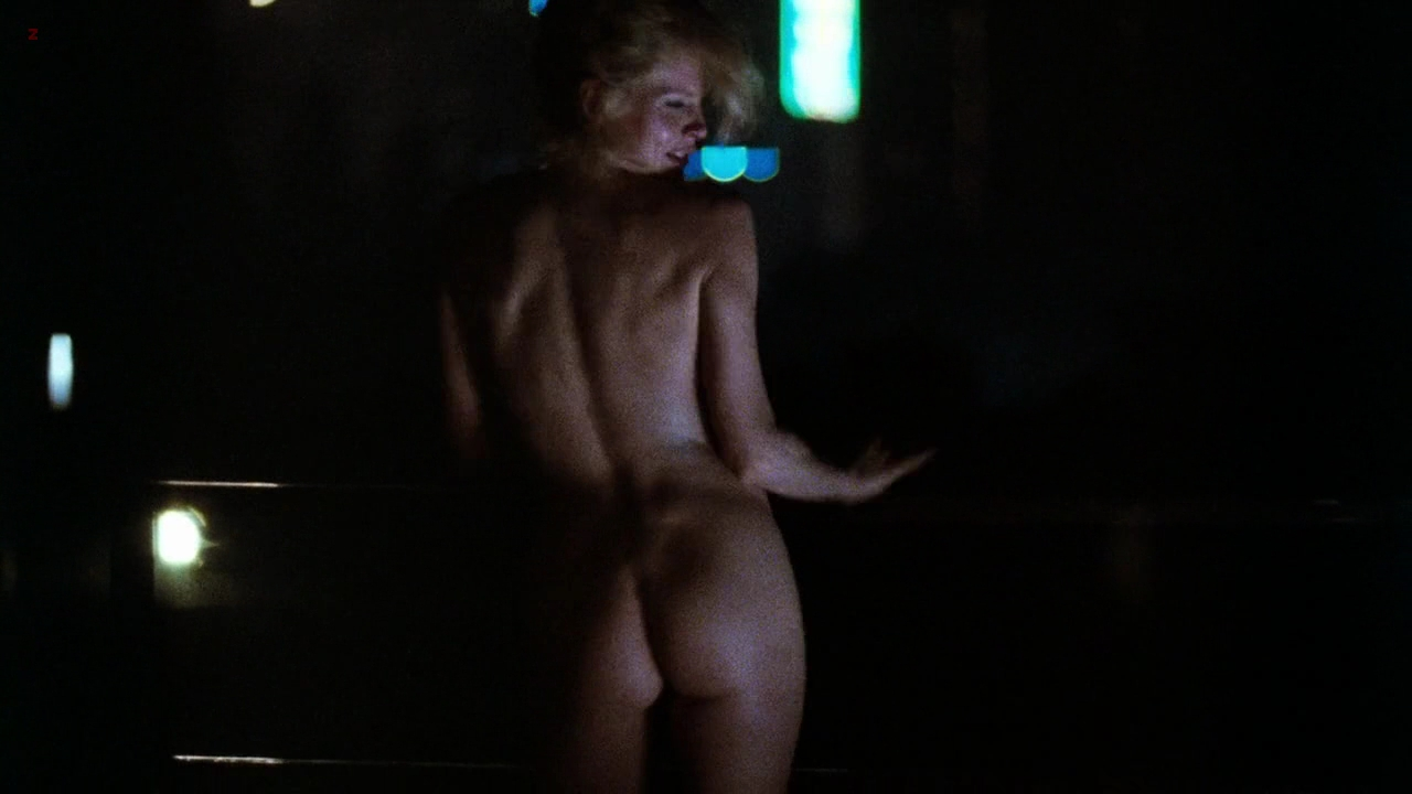 kim basinger weeks sex scene