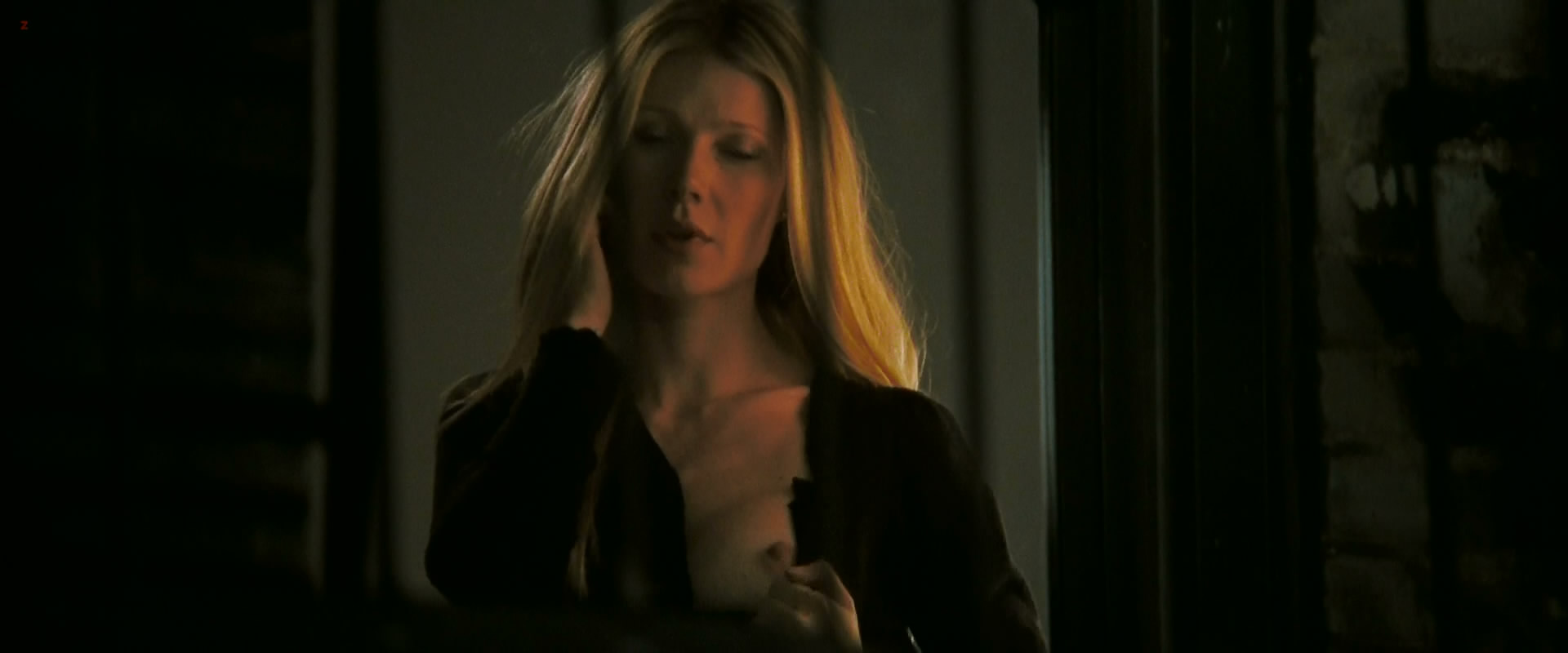 Gwyneth Paltrow nude brief topless - Two Lovers (2008) hd1080p