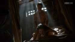 Amy Dawson naked and having some wild sex with the guy - Game Of Thrones s2e2 hd720p