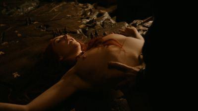 Carice van Houten nude bush, Sahara Knite and Amy Dawson nude sex- Game Of Thrones (2012) s2e2 HD 1080p (11)