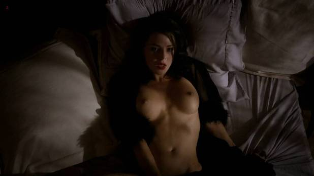 Jessica Marais naked seductive sex and great nude topless rack - Magic City s1e4 hd70p (1)