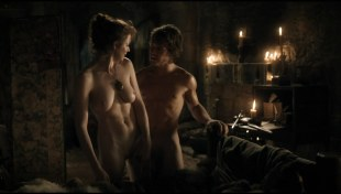 Esme Bianco naked full frontal in - Game of Thrones s01e05 hdtv1080p