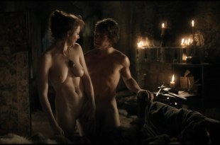 "Esmé Bianco naked full frontal in ""Game of Thrones"" s01e05 hdtv1080p"