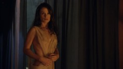 Ellen Hollman and Gwendoline Taylor full frontal nude in - Spartacus (2003) s3e3 hd1720p (7)