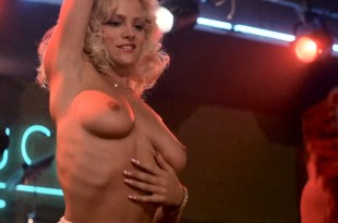 Kelly Lynch nude Julie Michaels, Laura Albert and Julie Royer all nude - Road House (1989) hd1080p (13)