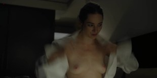 Kristen Connolly nude topless - House Of Cards s01e01 (2013) HD 1080p