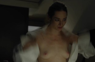 Kristen Connolly nude topless – House Of Cards s01e01 (2013) HD 1080p