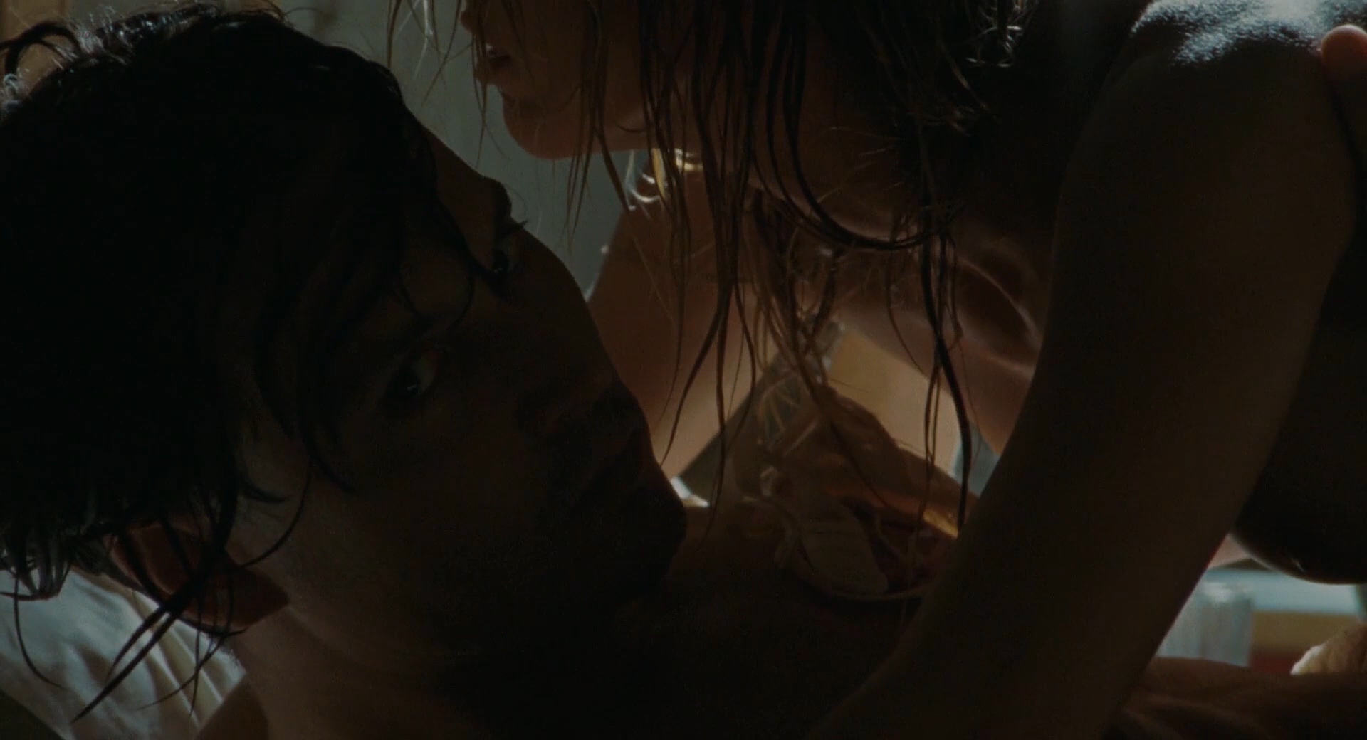 Amber Heard nude brief nipple sexy and ultra hot in - The Rum Diary (2011) hd1080p (14)