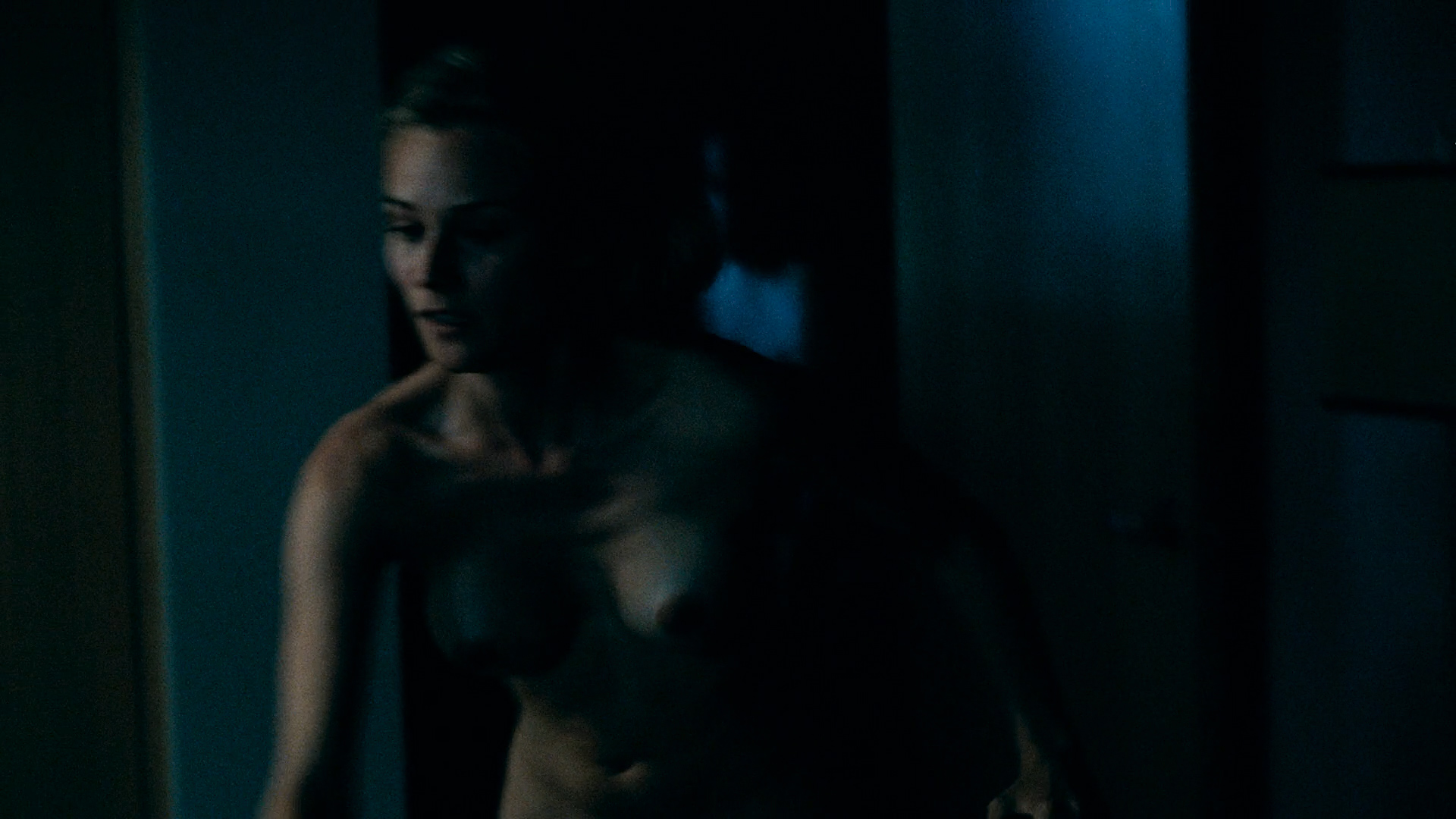Diane Kruger nude full frontal - Inhale (2010) HD 1080p BluRay (1)