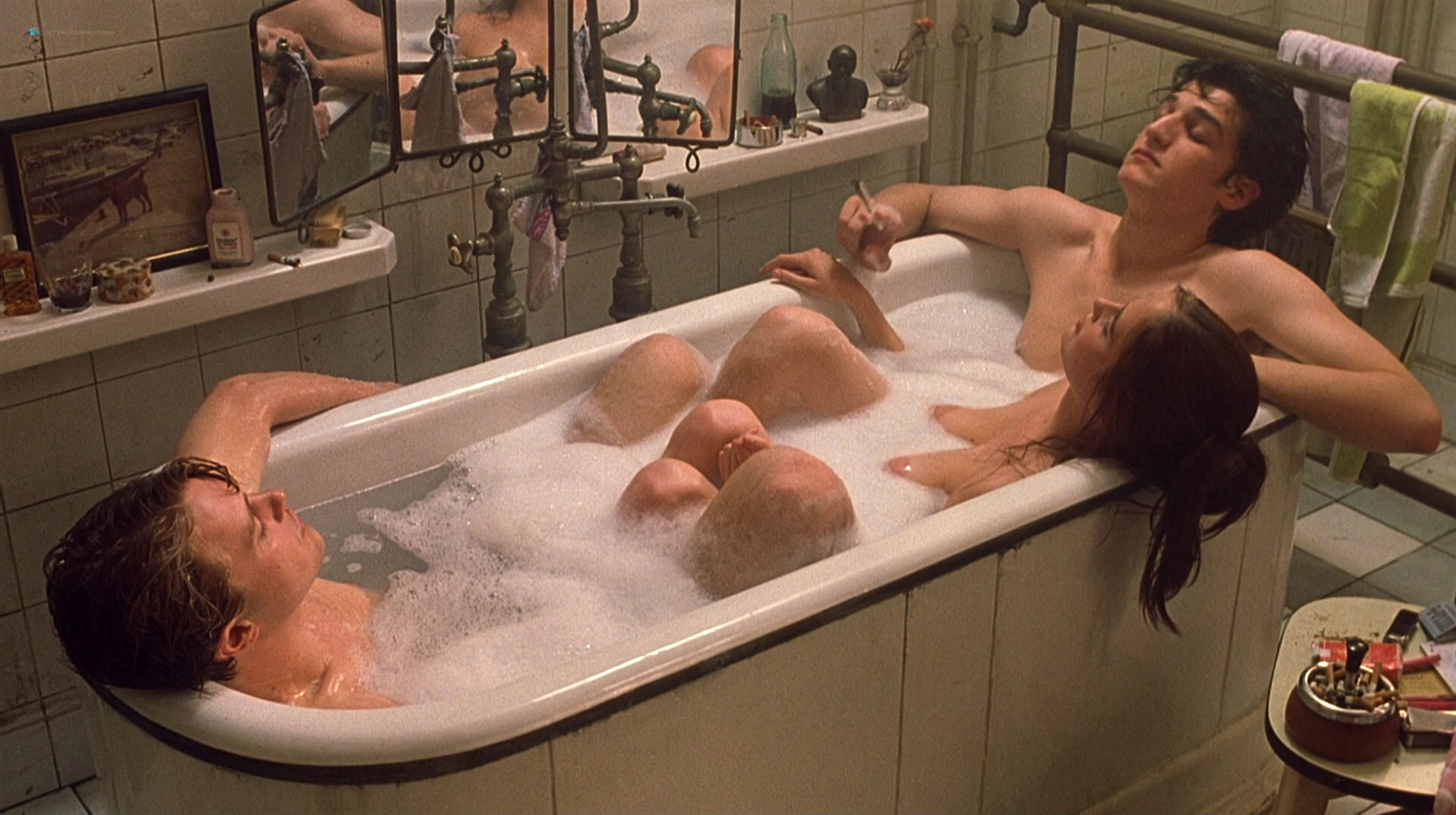 Eva Green nude full frontal explicit and sex threesome in - The Dreamers (2003) hd1080p BluRay (9)