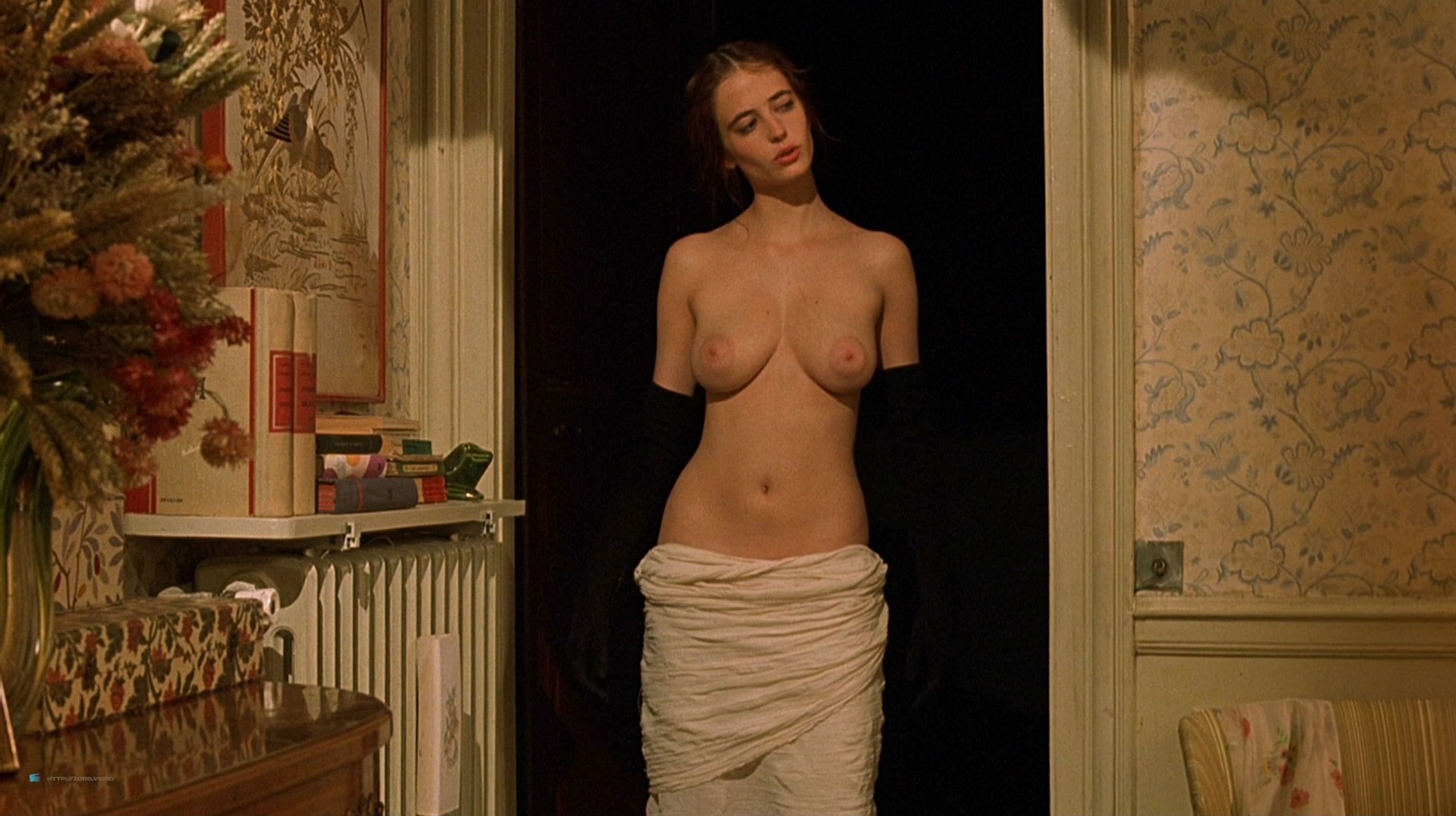 Eva Green nude full frontal explicit and sex threesome in - The Dreamers (2003) hd1080p BluRay (5)