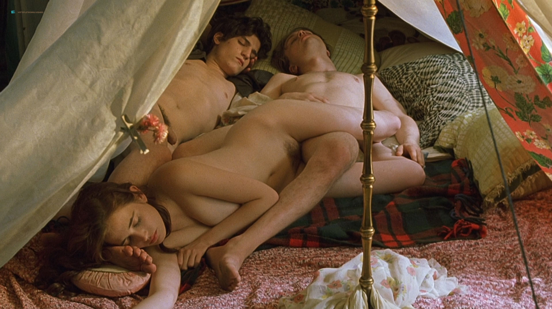 Eva Green nude full frontal explicit and sex threesome in - The Dreamers (2003) hd1080p BluRay (3)