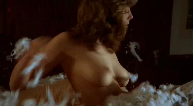 Greta Scacchi naked in Makavejevs cult movie The Coca-Cola Kid (1985)