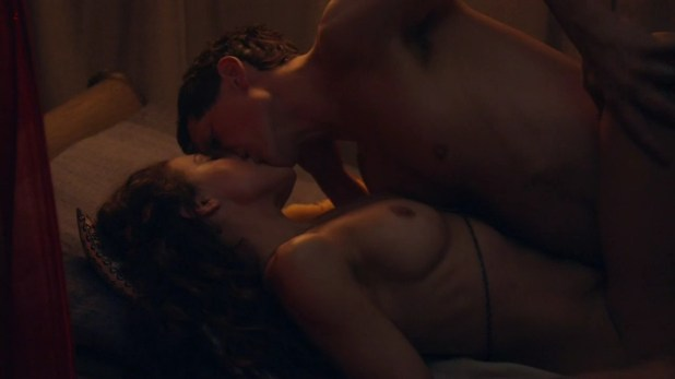 Jenna Lind nude and having sex from spartacus s3e7 hd7201
