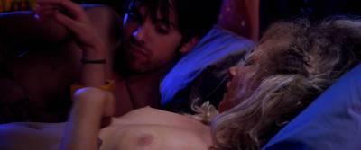 Juno Temple nude sex Haley Bennett, Roxane Mesquida nude lesbian - Kaboom (2010) HD 1080p (15)