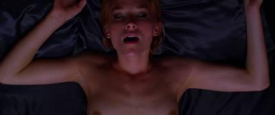 Juno Temple nude sex Haley Bennett, Roxane Mesquida nude lesbian - Kaboom (2010) HD 1080p (9)