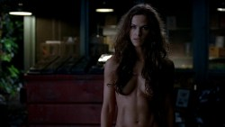 Kelly Overton nude butt naked - True Blood s5e1 hd720p (8)