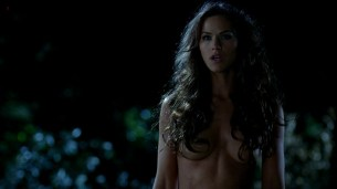Kelly Overton nude butt naked - True Blood s5e1 hd720p (4)