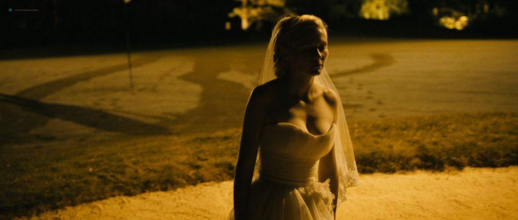 Kirsten Dunst nude topless in Lars von Trier's - Melancholia (2011) HD 1080p BluRay (13)