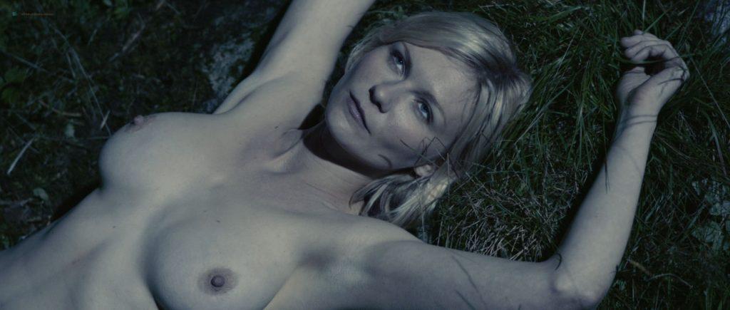 Kirsten Dunst nude topless in Lars von Trier's - Melancholia (2011) HD 1080p BluRay (4)