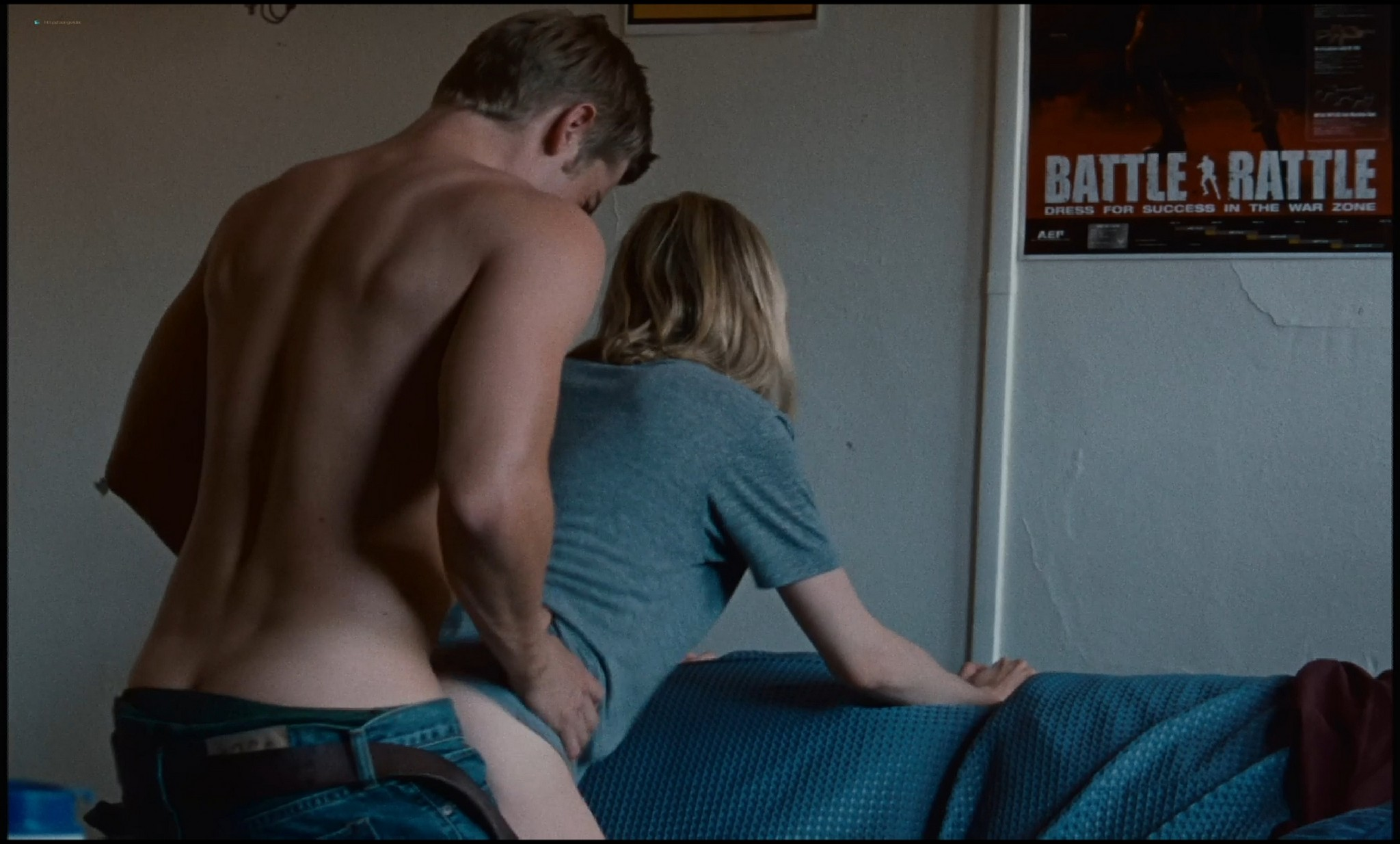 Michelle Williams nude topless and some hot sex - Blue Valentine HD 1080p BluRay REMUX (20)