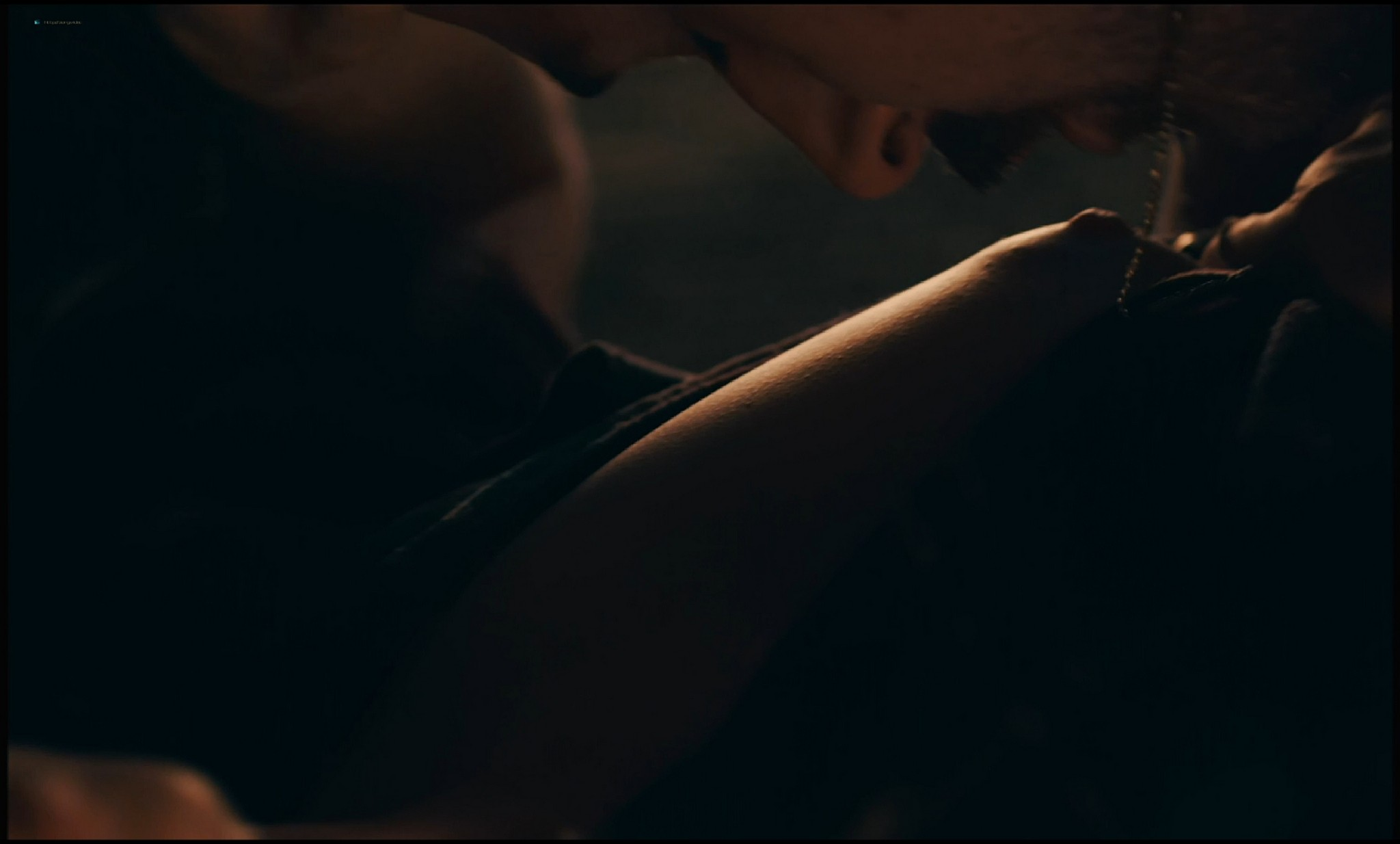 Michelle Williams nude topless and some hot sex - Blue Valentine HD 1080p BluRay REMUX (9)