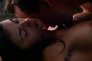 Penelope Cruz nude topless sex outdoors in – Captain Corelli' s Mandolin (2001) HD 1080p