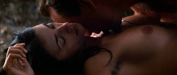 Penelope Cruz nude topless sex outdoors in - Captain Corelli' s Mandolin (2001) HD 1080p (11)