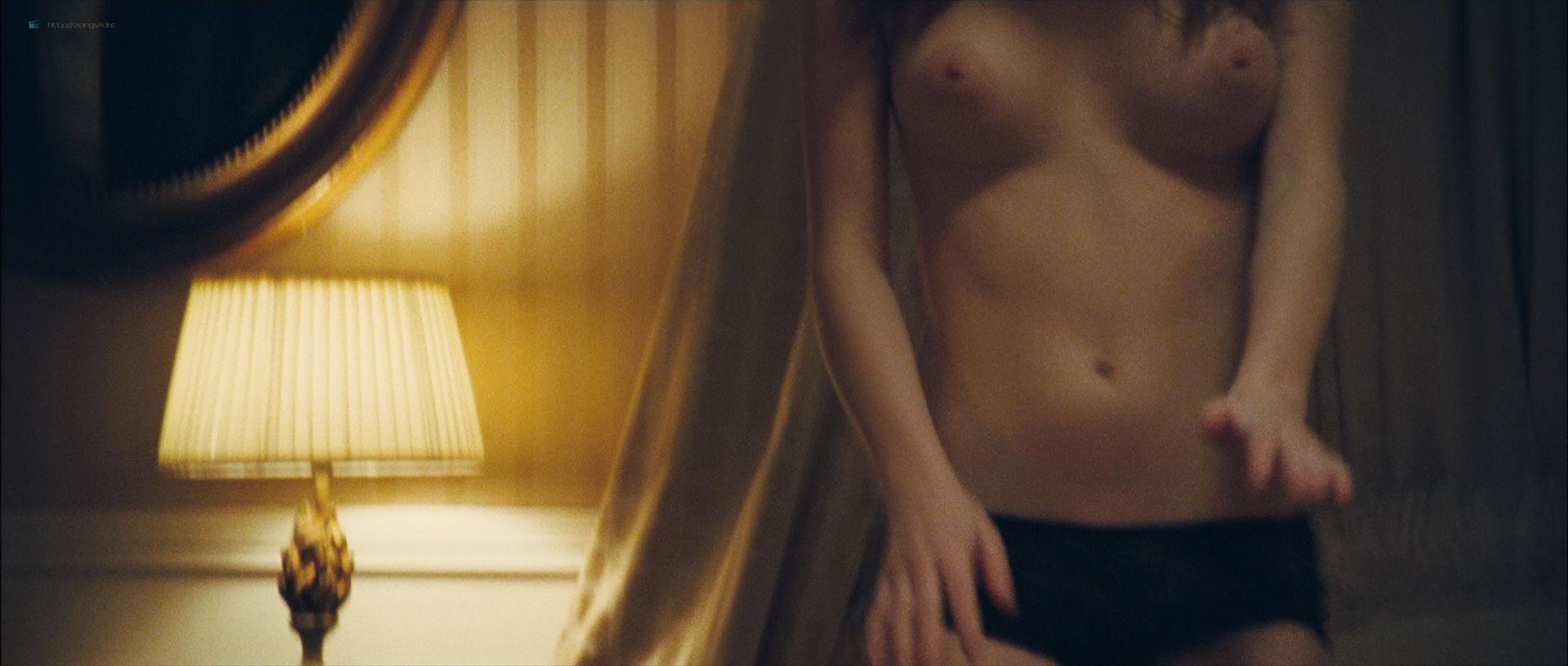 Camille Rowe nude and Josephine de La Baume nude sex threesome - Notre jour viendra (FR-2010) HD 1080p BluRay (15)
