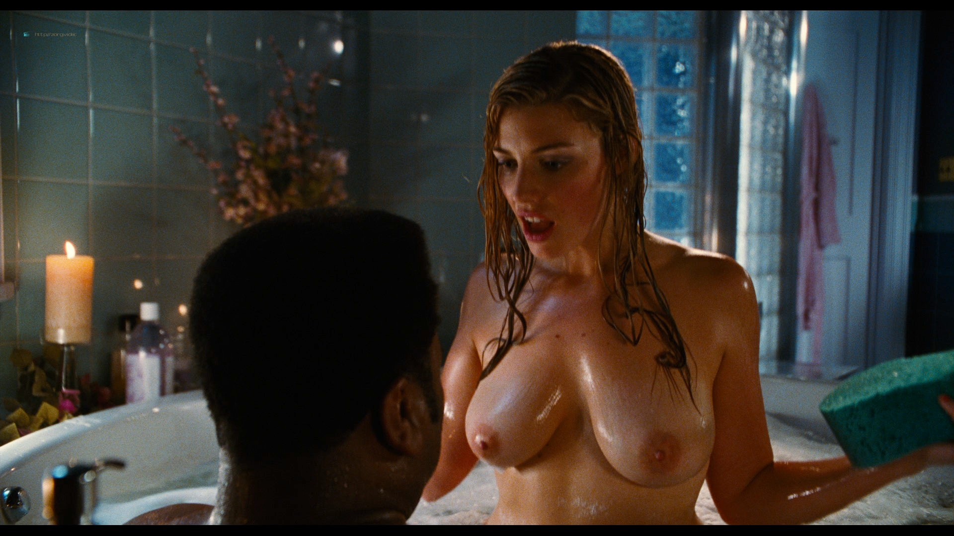 Jessica Pare nude Crystal Lowe topless Lyndsy Fonseca hot and sexy - Hot Tub Time Machine (2010) HD 1080p BluRay REMUX (13)