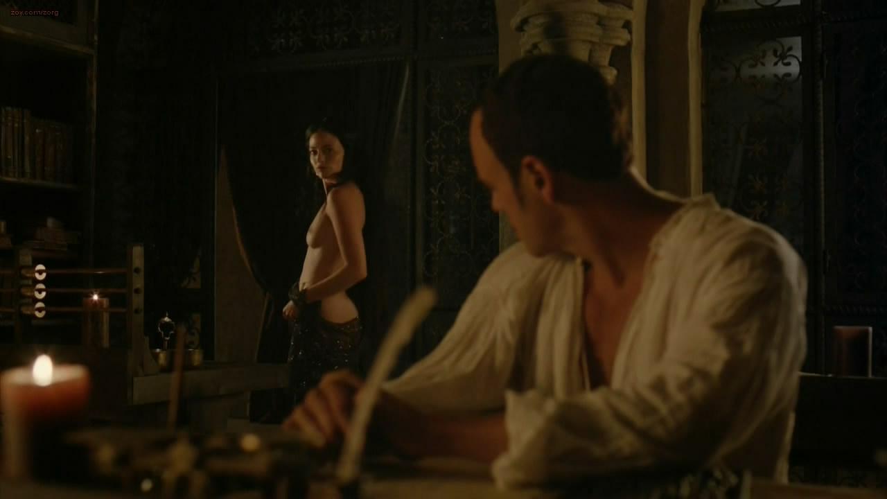 Lara Pulver nude topless - Da Vinci's Demons (2013) s1e3 hd720p
