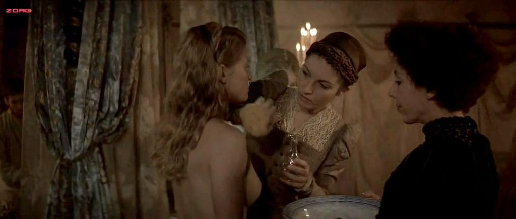Melanie Thierry nude topless - La princesse de Montpensier (2010) hd1080p (4)