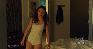 Tatiana Maslany sexin the showe and sexy panties - Orphan Black (2013) s1e5