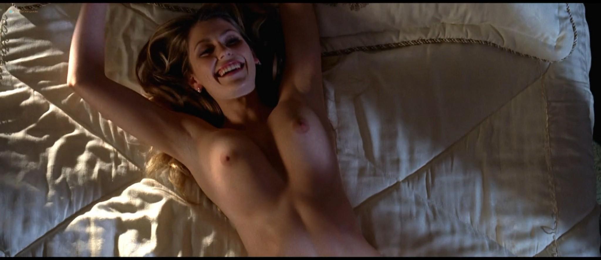 Diora Baird nude topless huge boobs others nude too - Wedding Crashers (2005) HD 1080p BluRay (7)
