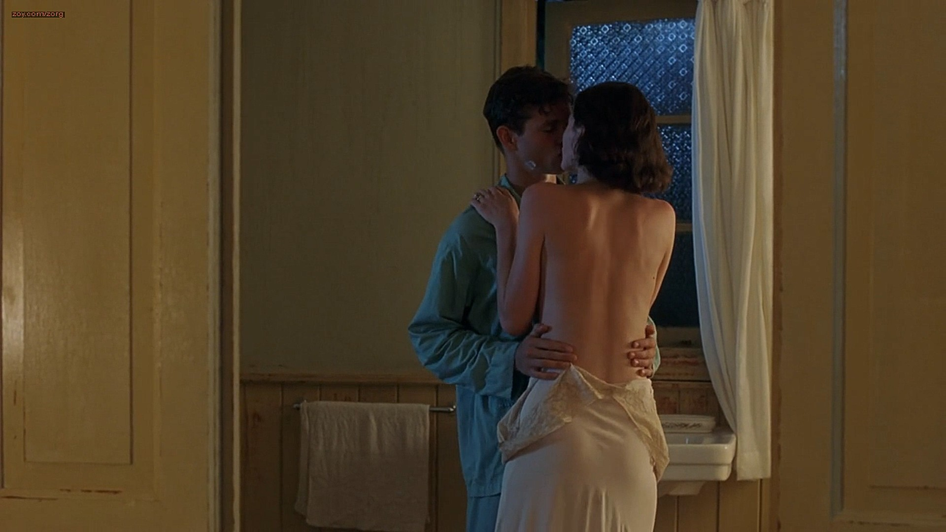Emily Mortimer nude topless and Jessica Alba not nude hot and sexy - The Sleeping Dictionary (2003) HD 1080p (1)