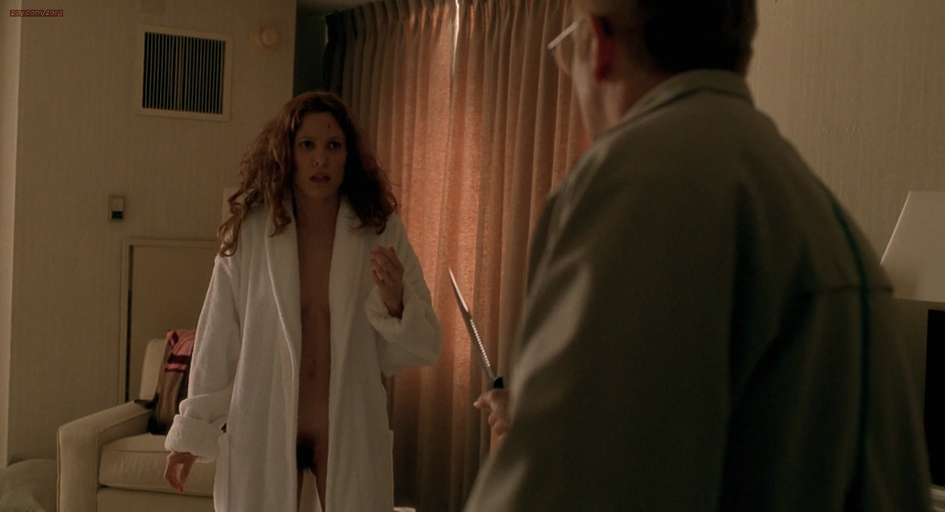 Erin Daniels nude and full frontal bush and nude boobs - One Hour Photo (2002) hd1080p (3)