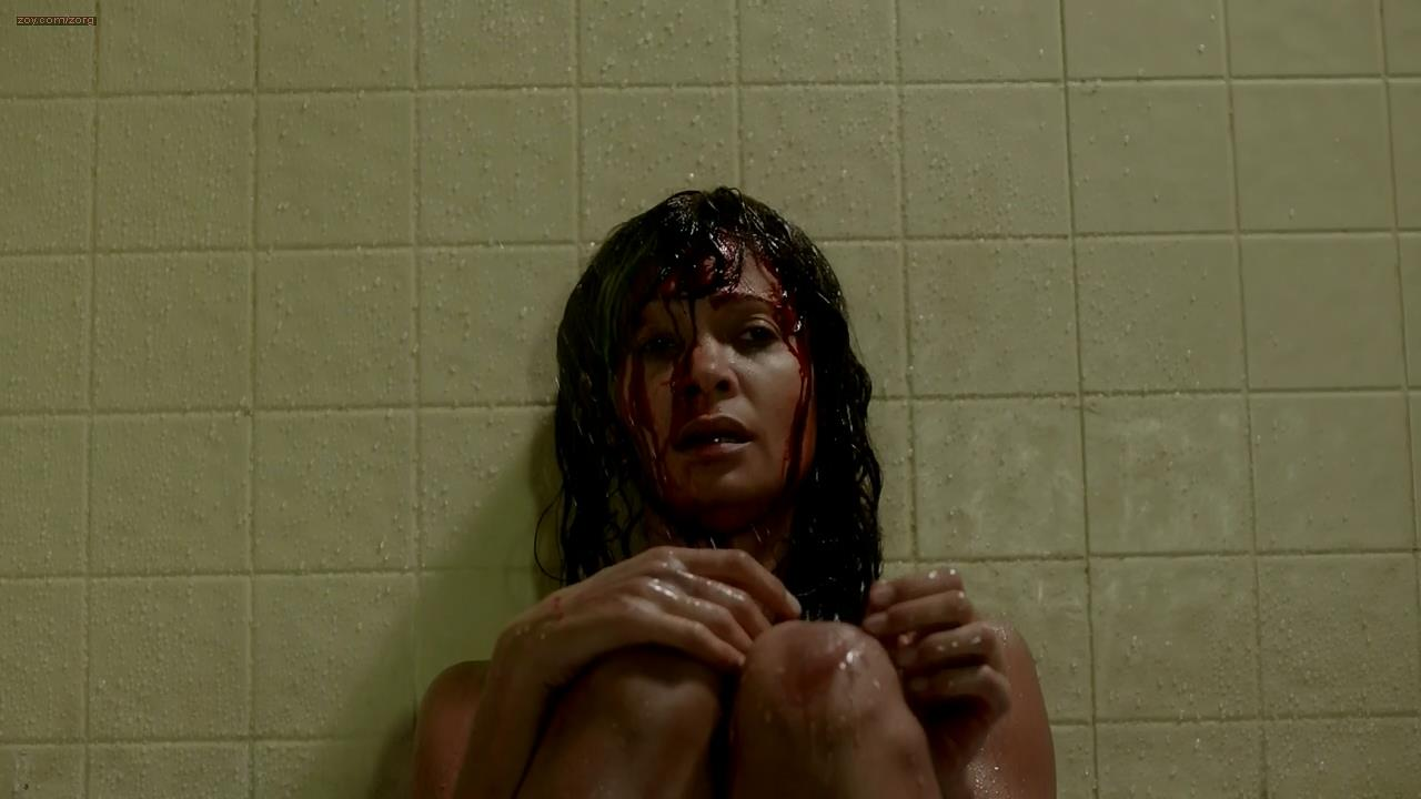 Thandie Newton naked and nude topless in the bath - Rogue s1e8 (2013) hd720p