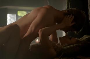 Rebecca Ferguson nude topless side boob in brief scene – The White Queen s1e1 (2013) hd720p