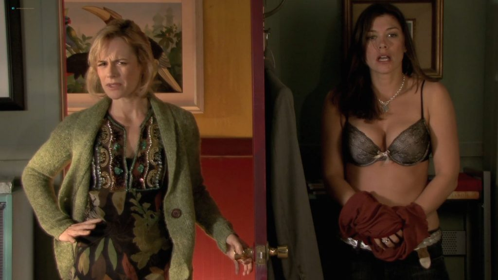 Adrianne Palicki, Emmanuelle Chriqui, Connie Britton, Caitlin Keats, Sarah Clarke and Marley Shelton all hot - Women in Trouble (2009) hd1080p (3)