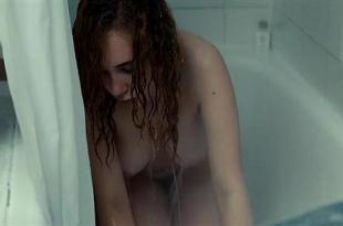 Juno Temple nude bush in the bath and topless – Magic Magic (2013) hd1080p