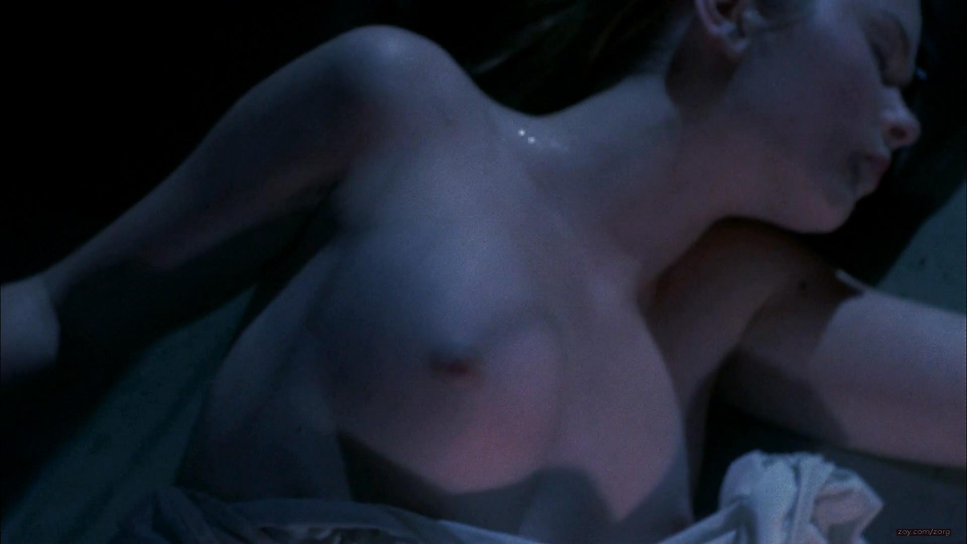Cherilyn Wilson naked topless - Parasomnia (2008) HD 1080p (4)