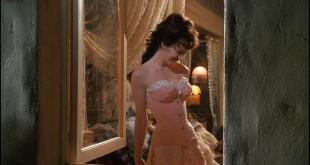 Lysette Anthony hot and busty - Dracula Dead and Loving It (1995) hd720p