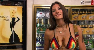 Michelle Lombardo hot - Californication (2007) s1e6 HD 1080p (5)