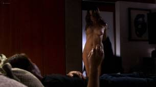 Paula Marshall nude topless Brooke Banner topless Madeline Zima hot - Califonication (2007) s1e2 HD 1080p (7)