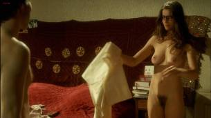 Laetitia Casta nude full frontal - Le Grand Appartement (FR-2006) hd1080p (8)