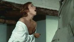Marlene Jobert nude butt and nipple slip - Le Passager de la pluie (FR-1970) (5)