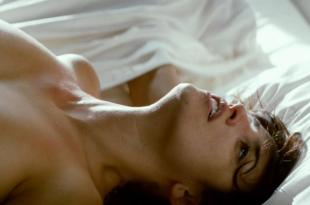 Penelope Cruz nude topless and sex and Kira Miro nude topless – Los abrazos rotos (2009) hd1080p