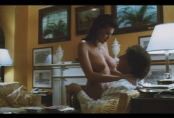 Serena Grandi nude near explicit full frontal nude topless and bush - Lady of the Night (1986) (16)