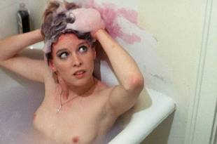 Linda Hutton nude sex Candy Clark nude near explicit others nude too – The Man Who Fell to Earth (1976) HD 1080p